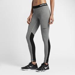 Женские тайтсы для тренинга Nike Pro WarmСозданные для подготовки к игре и занятий в зале женские тайтсы для тренинга Nike Pro Warm из влагоотводящей ткани обеспечивают тепло и естественную свободу движений. Вставки из сетки создают вентиляцию в зонах повышенного тепловыделения, обеспечивая комфорт на каждой тренировке.  ТЕПЛО И ОТВЕДЕНИЕ ВЛАГИ  Быстросохнущая ткань с технологией Dri-FIT отводит влагу от кожи.  КОМФОРТ И ОХЛАЖДЕНИЕ  Начес с изнаночной стороны удерживает тепло тела, а вставки из сетки в ключевых зонах пропускают воздух, обеспечивая охлаждение в самые жаркие моменты тренировки.  СВОБОДА ДВИЖЕНИЙ  Плотно прилегающий эластичный пояс фиксирует посадку, а прочная ткань, тянущаяся во всех направлениях, обеспечивает свободу движений.<br>