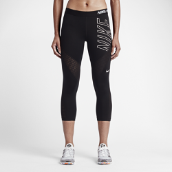 Женские капри для тренинга с графикой Nike Pro HypercoolЖенские капри для тренинга с графикой Nike Pro Hypercool из эластичной влагоотводящей ткани и сетки для совершенного комфорта и оптимальной вентиляции там, где это необходимо.  воздухопроницаемость  Вставки из эластичной сетки повторяют изгибы ног и дарят приятное ощущение прохлады во время жарких тренировок.  Невероятная легкость и комфорт  Невероятно легкая и мягкая ткань, облегающий крой и плоский эластичный пояс позволяют носить эти капри отдельно или как базовый слой.  Комфорт  Ткань Dri-FIT обеспечивает превосходную воздухопроницаемость и комфорт, выводя влагу на поверхность ткани и позволяя коже дышать.<br>