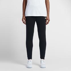 Женские брюки Nike Sportswear ModernЖенские брюки Nike Sportswear Modern с облегающим кроем на бедрах и более свободной посадкой ниже обеспечивают абсолютный комфорт на весь день.<br>