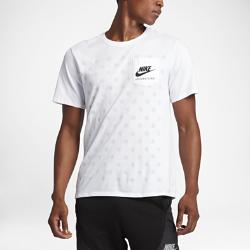 Мужская футболка Nike International PocketМужская футболка Nike International Pocket из чистого хлопка обеспечивает длительный комфорт.<br>