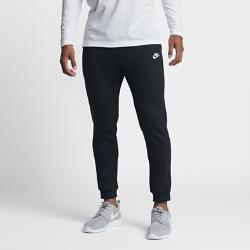 Мужские джоггеры Nike SportswearМужские джоггеры Nike Sportswear обеспечивают защиту от холода и создают стильный повседневный образ.<br>