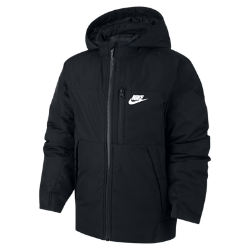 Куртка для мальчиков школьного возраста Nike Sportswear (XS–XL)Куртка для мальчиков школьного возраста Nike Sportswear защищает от непогоды и сохраняет тепло благодаря водоотталкивающей ткани рипстоп и наполнителю.<br>
