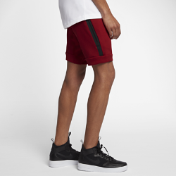 Мужские шорты Nike Sportswear Tech FleeceМужские шорты Nike Sportswear Tech Fleece из легкой дышащей ткани с функциональным дизайном для города, зауженным кроем и несколькими карманами обеспечивают тепло и свободу движений.<br>