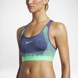 Спортивное бра со средней поддержкой Nike Hyper Classic PaddedСпортивное бра со средней поддержкой Nike Hyper Classic Padded разработано специально для занятий со средней нагрузкой — велоспорта, танцев и кардионагрузок. Бра не стесняетдвижений, обеспечивает надежную поддержку и фиксацию.  Плотная посадка  Компрессионная ткань обеспечивает разнонаправленную поддержку, а мягкий эластичный пояс под грудью — удобную посадку и надежную фиксацию. Ворсистая текстура ткани обеспечивает комфорт и поддержку.  Свобода движений  Т-образная спина не стесняет движений во время бега, прыжков и упражнений на растяжку.  Комфорт и защита  Съемные вкладыши формируют красивый силуэт, а также дарят комфорт, защиту и поддержку.<br>