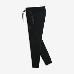 Брюки для девочек школьного возраста Nike Sportswear Tech FleeceЛегкие брюки для девочек школьного возраста Nike Sportswear Tech Fleece с современным универсальным силуэтом создают стильный образ и обеспечивают комфорт на каждый день.  Тепло и легкость  Уникальная трехслойная флисовая ткань Nike Tech Fleece не только защищает от холода, но и обеспечивает комфорт и стиль.  Надежная облегающая посадка  Облегающий крой, а также пояс и отвороты из эластичной рубчатой ткани обеспечивают надежную посадку и не сковывают движений<br>