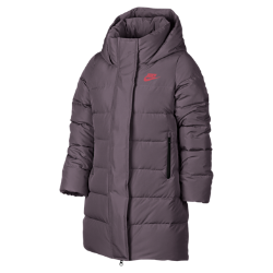 Парка с наполнителем для девочек школьного возраста Nike SportswearПарка с наполнителем для девочек школьного возраста Nike Sportswear обеспечивает тепло и комфорт при низких температурах благодаря водоотталкивающей ткани рипстоп и первоклассному наполнителю.<br>