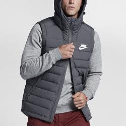 Мужской жилет с пуховым наполнителем Nike SportswearМужской жилет с пуховым наполнителем Nike Sportswear в стиле модели Nike Windrunner с шевроном под углом 26 градусов на груди обеспечивает невесомую защиту от холода.<br>