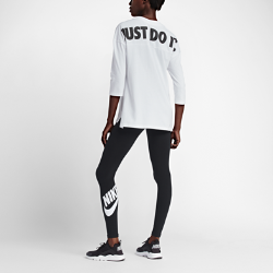 Женские леггинсы с логотипом Nike Sportswear Leg-A-SeeЖенские леггинсы с логотипом Nike Sportswear Leg-A-See из эластичной смесовой ткани на основе хлопка обеспечивают удобную посадку и не сковывают движений.<br>
