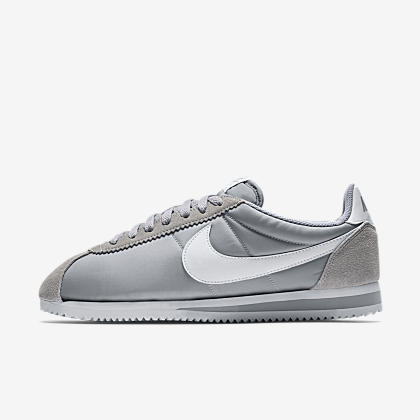 purchase cheap 471d0 37f92 Nike Classic Cortez Nylon
