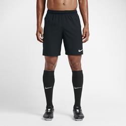 Мужские футбольные шорты Nike Dry SquadМужские футбольные шорты Nike Dry Squad из дышащей ткани позволяют сохранить ощущение прохлады во время игры.<br>