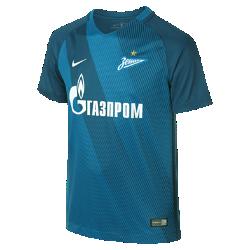 Футбольное джерси для школьников 2016/17 FC Zenit Stadium Home/Away (XS–XL)Футбольное джерси для школьников 2016/17 FC Zenit Stadium Home/Away обеспечивает комфорт без утяжеления, когда ты болеешь за команду с трибун или просто идешь по улице.<br>