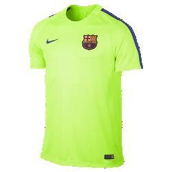 Мужская игровая футболка FC Barcelona Dry SquadМужская игровая футболка FC Barcelona Dry Squad обеспечивает комфорт на поле благодаря легкой влагоотводящей ткани и сетчатой вставке на спине.<br>