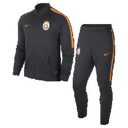 Мужской футбольный комплект для разминки Galatasaray S.K.Мужской футбольный комплект для разминки Galatasaray S.K. включает куртку и облегающие брюки из влагоотводящей ткани для абсолютного комфорта на поле и за его пределами.<br>