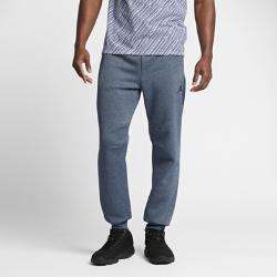 Мужские спортивные брюки Jordan Icon Fleece CuffedМужские спортивные брюки Jordan Icon Fleece Cuffed из мягкой ткани френч терри с подкладом из ткани с начесом и широкими отворотами из рубчатого материала обеспечивают удобную посадку и защиту от холода.<br>