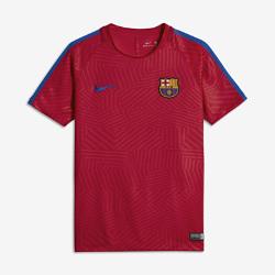 Игровая футболка для школьников FC Barcelona Dry Squad Graphic (XS–XL)Игровая футболка для школьников FC Barcelona Dry Squad Graphic из дышащей влагоотводящей ткани защищает от перегрева на поле и за его пределами.<br>