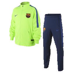 Футбольный комплект для разминки для школьников FC Barcelona (XS–XL)Футбольный комплект для разминки для школьников FC Barcelona включает куртку и облегающие брюки из влагоотводящей ткани для абсолютного комфорта на поле и за его пределами.<br>