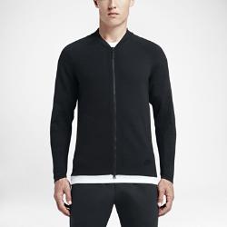 Мужская куртка Nike Sportswear Tech KnitМужская куртка Nike Sportswear Tech Knit — это современный взгляд на классическую летную куртку: прилегающий крой и эластичная воздухопроницаемая ткань Nike Tech Knit, которая надежно защищает от холода и не сковывает движений.<br>