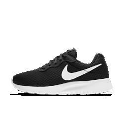 Женские кроссовки Nike TanjunЖенские кроссовки Nike Tanjun, название которых переводится с японского как «простота», помогут создать элегантный повседневный образ благодаря современному минималистичному силуэту.<br>
