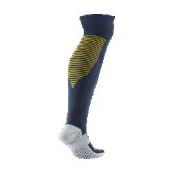 Футбольные носки 2016/17 RB Leipzig Stadium Home/AwayФутбольные носки 2016/17 RB Leipzig Stadium Home/Away из влагоотводящей ткани с компрессией в области свода стопы обеспечивают функциональный комфорт и поддержку.<br>