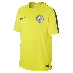 Игровая футболка для школьников Manchester City FC DryИгровая футболка для школьников Manchester City FC Dry обеспечивает комфорт на поле благодаря легкой влагоотводящей ткани и сетчатой вставке на спине.<br>
