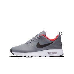Кроссовки для школьников Nike Air Max TavasКроссовки для школьников Nike Air Max Tavas обеспечивают оптимальную амортизацию, комфорт, легкость и поддержку в школе и за ее пределами. Плотно прилегающий текстильный верх обеспечивает воздухопроницаемость и создает современный элегантный образ.<br>