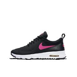 Кроссовки для школьников Nike Air Max TheaКроссовки для школьников Nike Air Max Thea — это вентиляция, гибкость движений и непревзойденный комфорт благодаря вставке Max Air. Подошва из пеноматериала Phylon обеспечивает невесомую амортизацию и комфорт во время игры.<br>