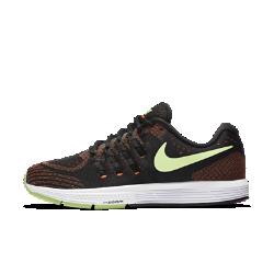 Мужские беговые кроссовки Nike Air Zoom Vomero 11Мужские беговые кроссовки Nike Air Zoom Vomero 11 — самая удобная в настоящее время версия модели. Кроссовки изготовлены из более мягких материалов, чем предшествующие модели, но при этом по-прежнему обеспечивают мягкую амортизацию на любой скорости.<br>