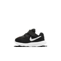 Кроссовки для малышей Nike Tanjun (2C–10C)Кроссовки для малышей Nike Tanjun обеспечивают воздухопроницаемость, гибкость и комфорт благодаря верху из сетки и легкой амортизирующей подошве.<br>