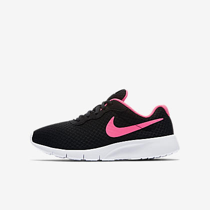 outlet store 271d3 26149 Nike Tanjun Older Kids  Shoe. Nike.com GB
