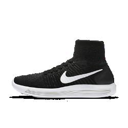 Женские беговые кроссовки Nike LunarEpic FlyknitЖенские беговые кроссовки Nike LunarEpic Flyknit, созданные для самых преданных бегунов, обеспечивают непревзойденную амортизацию и комфортную невесомую посадку, меняя представление о беге.  Идеальная посадка  Верх Flyknit и завышенный бортик плотно прилегают к ноге и обеспечивают невероятно мягкую амортизацию. Практически бесшовная цельная трикотажная конструкция имеет более открытую структуру в областях стопы и лодыжки, где необходимо обеспечить эластичность и воздухопроницаемость, и более плотную в тех зонах, где необходима дополнительная поддержка.  Плавность движений и комфорт  Подошва из мягкого материала Lunarlon, обработанная лазером по бокам, сжимается при движении, обеспечивая плавность движений стопы.  Превосходная мягкость  Конструкция подметки отвечает за правильное распределение давления, а накладки из пеноматериала Lunarlon обеспечивают амортизацию в зонах, где это больше всего необходимо. Лазерная перфорация на накладках поглощает ударные нагрузки за счет равномерного распределения давления по всей стопе.<br>