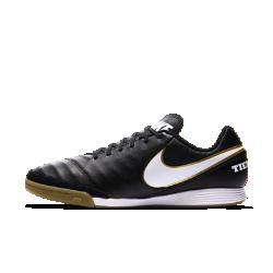 Футбольные бутсы для игры в зале/на поле Nike Tiempo Genio II LeatherФутбольные бутсы для игры в зале/на поле Nike Tiempo Genio II Leather обеспечивают превосходное сцепление благодаря резиновой подметке, предназначенной для игры на улице и в зале. Верх из мягкой высококачественной кожи обеспечивает точность во время ведения мяча, пасов и ударов.<br>