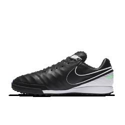 Футбольные бутсы для игры на газоне Nike Tiempo Mystic VФутбольные бутсы для игры на газоне Nike Tiempo Mystic V созданы специально для игры на синтетических покрытиях. Верх из мягкой эластичной кожи обеспечивает точность ударов, а резиновые шипы позволяют мгновенно ускоряться и менять направление движения.<br>