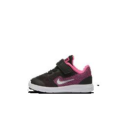 Кроссовки для малышей Nike Revolution 3Кроссовки для малышей Nike Revolution 3 сочетают легкую сетку и гибкую подошву, обеспечивая комфорт на весь день.<br>