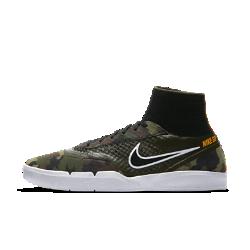 Мужская обувь для скейтбординга Nike SB Koston 3 HyperfeelМужская обувь для скейтбординга Nike SB Koston 3 Hyperfeel обеспечивает уверенное сцепление с доской благодаря системе Nike Hyperfeel: сочетание плотной посадки, анатомической амортизации и гибкой подметки создает ощущение, что обувь является частью стопы.  Динамическая амортизация  Скрытая стелька Lunarlon со встроенной вставкой Nike Zoom Air гнется вместе с подметкой, обеспечивая адаптивную защиту от ударных нагрузок и уверенное сцепление с доской.  Гибкость и сцепление  Резиновая подметка с одобренным Эриком Костоном тонким сетчатым протектором обеспечивает превосходное сцепление и гибкость, а текстурированная боковая часть упрощает выполнение маневров.  Надежная посадка  Благодаря бортику из воздухопроницаемого материала Flyknit и нитям Flywire в средней части стопы модель Nike SB Koston 3 Hyperfeel обеспечивает плотную посадку и превосходную фиксацию.<br>
