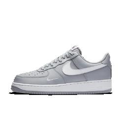 Мужские кроссовки Nike Air Force 107 LowМужские кроссовки Nike Air Force 107 Lowс классическим баскетбольным профилем и обновленным верхом из кожи создают винтажный образ, обеспечивая длительный комфорт.<br>
