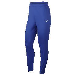 Женские футбольные брюки Nike DryЖенские футбольные брюки Nike Dry обеспечивают ощущение прохлады и комфорт до и после игры благодаря влагоотводящей ткани и боковым вставкам из сетки.<br>