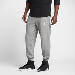 Мужские спортивные брюки Jordan Flight Lite CuffedМужские спортивные брюки Jordan Flight Lite Cuffed из прочного смесового хлопка с кромкой из рубчатого материала обеспечивают удобную посадку, сохраняя тепло.<br>