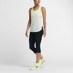 Женские теннисные капри NikeCourtЖенские теннисные капри NikeCourt из влагоотводящей ткани выгодно подчеркивают фигуру и не ограничивают движения для максимального комфорта во время тренировки и матча.<br>