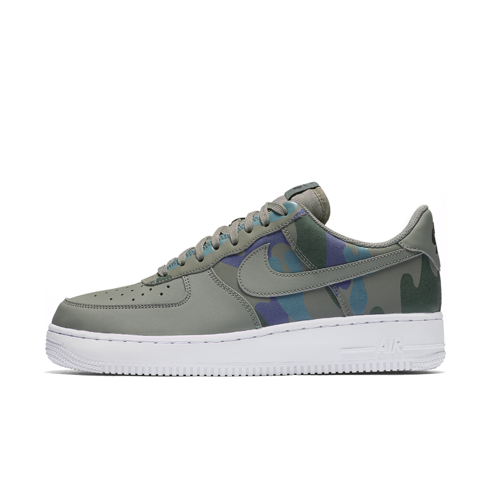 low priced bec2b ce4f5 Nike Air Force 1  07 Low Camo Men s Shoe Size 11 (Grey) - Clearance Sale