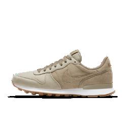 Мужские кроссовки Nike Internationalist PremiumМужские кроссовки Nike Internationalist Premium в стиле легендарных беговых моделей Nike дополнены низкопрофильным комбинированным верхом и резиновой вафельной подметкой.<br>