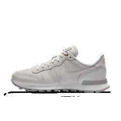 Женские кроссовки Nike Internationalist PremiumЖенские кроссовки Nike Internationalist Premium созданы под вдохновением от беговой обуви прошлого с фирменным многослойным дизайном верха.<br>