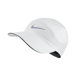 Бейсболка для бега Nike AeroBillБейсболка для бега Nike AeroBill обеспечивает защиту, вентиляцию и комфорт во время пробежки.<br>