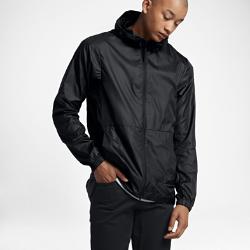 Мужская куртка Nike SBМужская куртка Nike SB из легкой ткани рипстоп обеспечивает комфорт и защиту от непогоды благодаря капюшону и шнуркам на нижней кромке с возможностью регулировки.<br>