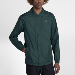 Мужская куртка Nike SB Shield CoachesМужская куртка Nike SB Shield Coaches из дышащего и водоотталкивающего материала обеспечивает комфорт во время катания в непогоду.  Водоотталкивающее покрытие  Ткань Nike Shield защищает от ветра и дождя.  Воздухопроницаемая конструкция  Внутренний слой из сетки обеспечивает необходимую воздухопроницаемость для комфорта и предотвращает перегрев.  Регулируемая посадка  Шнурок в нижней кромке позволяет отрегулировать посадку.<br>
