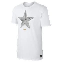 Мужская футболка с графикой Nike F.C.Мужская футболка с графикой Nike F.C. из мягкого хлопка обеспечивает комфорт на каждый день.<br>