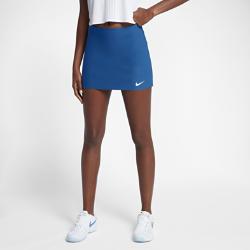 Теннисная юбка NikeCourt Power SpinТеннисная юбка NikeCourt Power Spin помогает развивать высокую скорость и вести в счете на протяжении всего матча. Специальные вставки создают зоны повышенной эластичностии поддержки, а на вшитых шортах есть удобный карман для хранения мячей.  СВОБОДА ДВИЖЕНИЙ  Думай об игре, а не о том, что на тебе надето. Эластичная ткань Nike Power для поддержки и максимальной свободы движений.  КОМФОРТ  Ткань с технологией Dri-FIT отводит влагу от кожи и обеспечивает комфорт.  ДОПОЛНИТЕЛЬНАЯ ЗАЩИТА  Вшитые шорты для уверенности в каждом движении и защиты от перегрева. Карманы для мячей с удобным доступом позволяют не останавливать игру.<br>