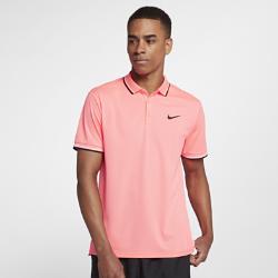 Мужская теннисная рубашка-поло NikeCourtМужская теннисная рубашка-поло NikeCourt из влагоотводящей ткани с разрезами по бокам обеспечивает комфорт и естественную свободу движений во время игры.<br>