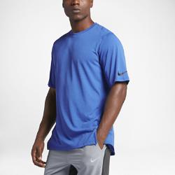 Мужская баскетбольная футболка с коротким рукавом Nike EliteМужская баскетбольная футболка Nike Elite из легкой ткани обеспечивает защиту от влаги и комфорт разминки или тренировки.<br>