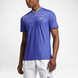Мужская теннисная рубашка-поло NikeCourt Zonal Cooling AdvantageОХЛАЖДЕНИЕ И СКОРОСТЬ ОХЛАЖДЕНИЕ И СКОРОСТЬ  Мужская теннисная рубашка-поло NikeCourt Zonal Cooling Advantage из легкой эластичной ткани с зональной вентиляцией помогает сохранять скорость и сконцентрироваться на игре.  Улучшенная вентиляция  Мягкая и легкая ткань с технологией Zonal Cooling в зонах максимального тепловыделения обеспечивает ощущение прохлады и воздухопроницаемости там, где это необходимо.  Свобода движений  Вставки в области подмышек повышают комфорт, увеличивая диапазон движений для замаха.  Легкость и эластичность  Ультралегкая эластичная ткань обеспечивает свободу движений, какой бы интенсивной ни была игра.<br>
