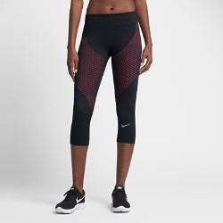 Женские беговые капри Nike Zonal StrengthЖенские беговые капри Nike Zonal Strength из эластичной ткани обеспечивают поддержку ключевых мышц ног для новых рекордов в беге.  Направленная поддержка  Технология Nike Zonal Strength обеспечивает компрессию и фиксацию квадрицепсов и икроножных мышц, снимая напряжение. Эластичная ткань тянется во всех направлениях для абсолютной свободы движений.  Абсолютный комфорт  Широкий пояс обеспечивает максимальную поддержку и комфорт, позволяя полностью сконцентрироваться на беге.  Важные мелочи всегда в сохранности  Водонепроницаемый карман на молнии сзади для надежного хранения небольших предметов.<br>